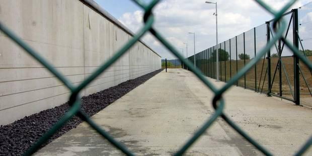 Les gardiens de la prison d'Ittre en grève - La Libre