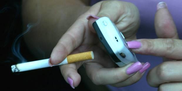Cigarette à l'école: des chiffres inquiétants - La Libre