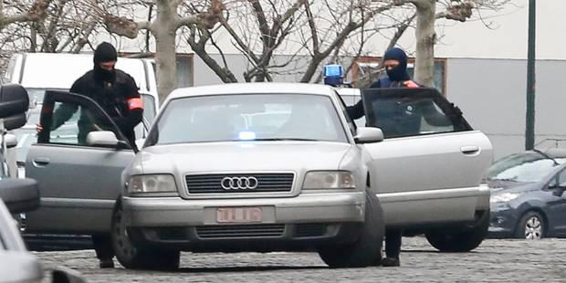 Perquisitions en Belgique: trois suspects maintenus en détention - La Libre