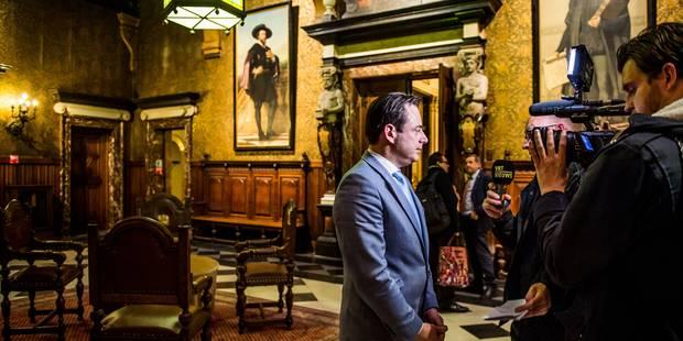 La moitié des Anversois estime que Bart De Wever est un bon bourgmestre - La Libre