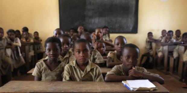 Une école sud-africaine fait polémique en séparant les élèves par couleur - La Libre