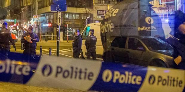 Anderlecht : une patrouille de police prise pour cible à la Kalachnikov - La Libre