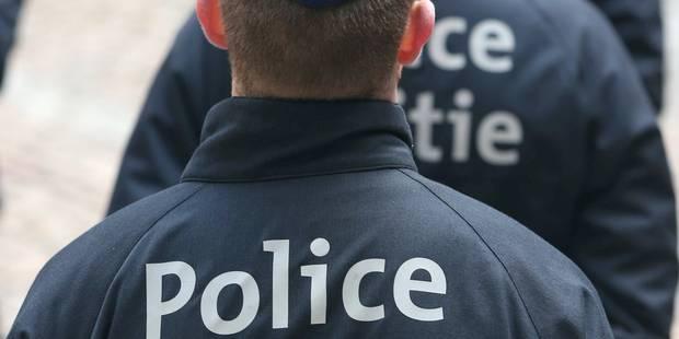 Manifestation générale de la police le 24 avril - La Libre