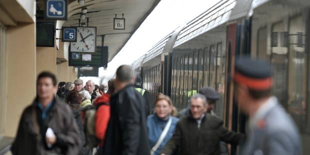 Faire payer le train plus cher aux heures de pointe ? Une proposition absurde pour les étudiants ! - La Libre