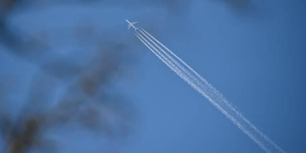 Une jeune Canadienne accouche dans un avion au-dessus du Pacifique - La Libre