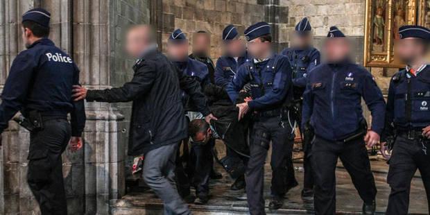 Fête du Doudou à Mons: un illuminé perturbe la descente de la châsse et veut interpeller Di Rupo - La Libre