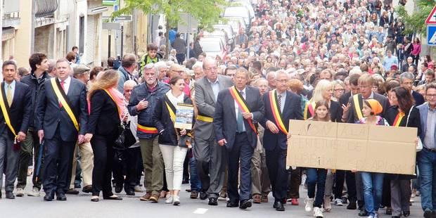 Arlon: trois milliers de marcheurs pour défendre l'hôpital - La Libre