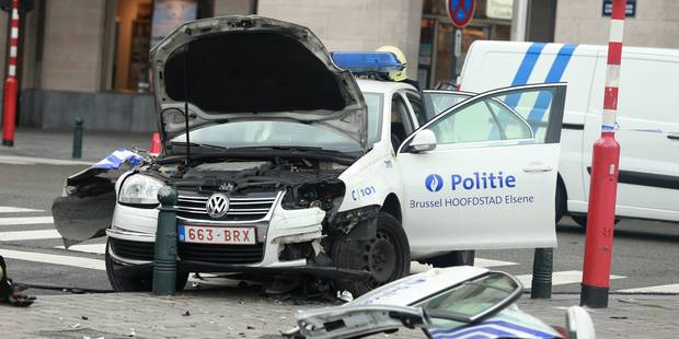Terrible crash pour une patrouille de police à Bruxelles: une inspectrice grièvement blessée ! (PHOTOS) - La Libre