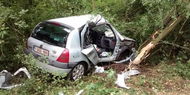 Grave accident sur l'A54: grièvement blessée, une conductrice a dû être désincarcérée - La Libre