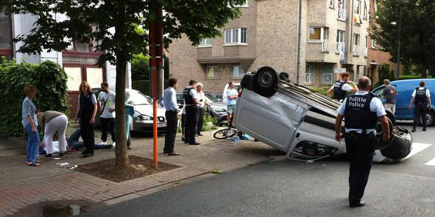 Impressionnant accident impliquant 2 camionnettes à Woluwé-Saint-Lambert (photos) - La Libre
