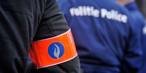 Un homme frappe violemment des policiers qui tentaient de l'interpeller à Bruxelles - La Libre