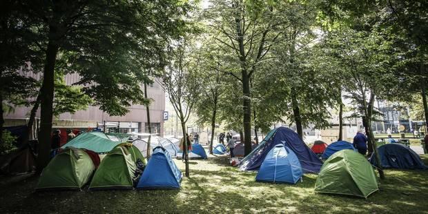 Crise de l'asile: l'Office des Etrangers pourrait ouvrir ce week-end - La Libre