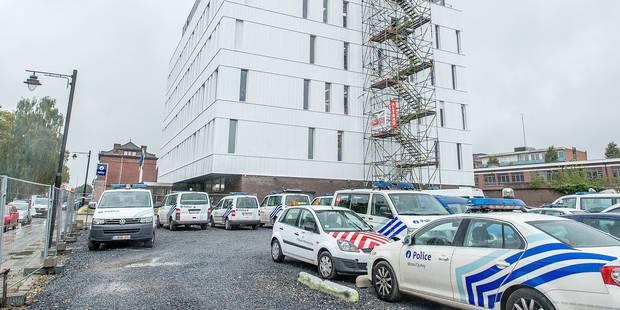 Mons: les policiers bataillent pour se garer - La Libre