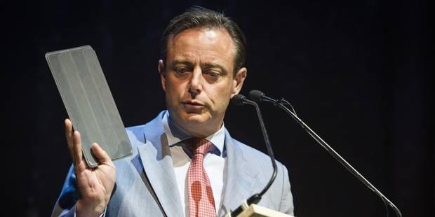 Demandes d'asile : Bart De Wever veut adapter la Convention de Genève - La Libre