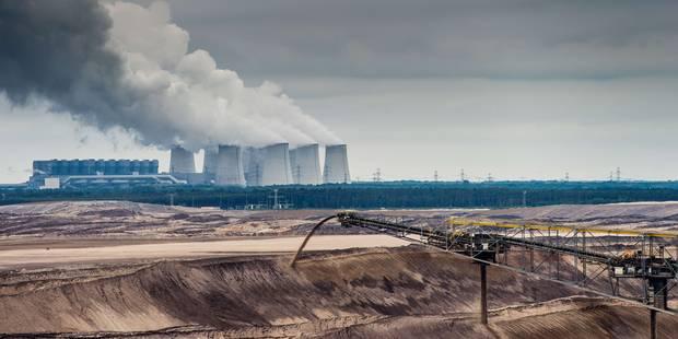 """Greenpeace : """"Les ministres belges devraient rester chez eux pour éviter de se ridiculiser au sommet de Paris"""" - La Libr..."""