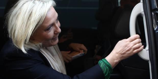 """Marine Le Pen: """"Le rôle de la région n'est pas de payer des moustiquaires aux détenus au Sénégal"""" - La Libre"""