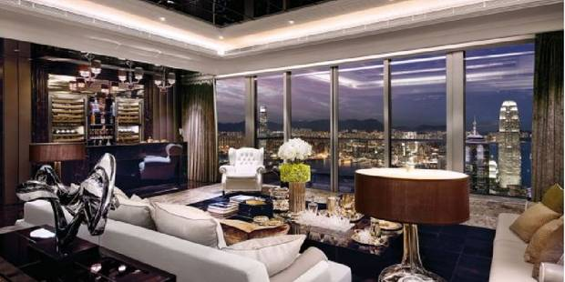 Voici l 39 appartement le plus cher de hong kong photos la libre - Farbiges modernes appartement hong kong ...