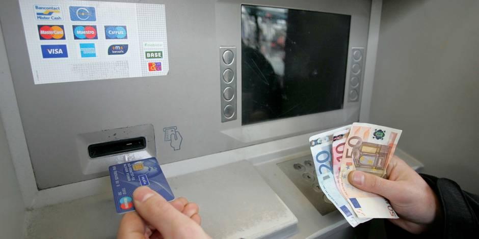Faut-il sauver les distributeurs de billets? - La Libre
