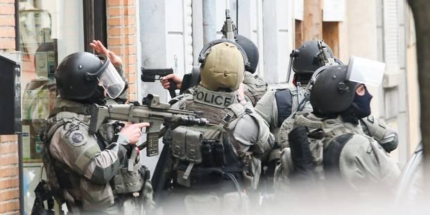 Attentats à Paris: cinq personnes arrêtées à Bruxelles, dont Salah Abdeslam - La Libre