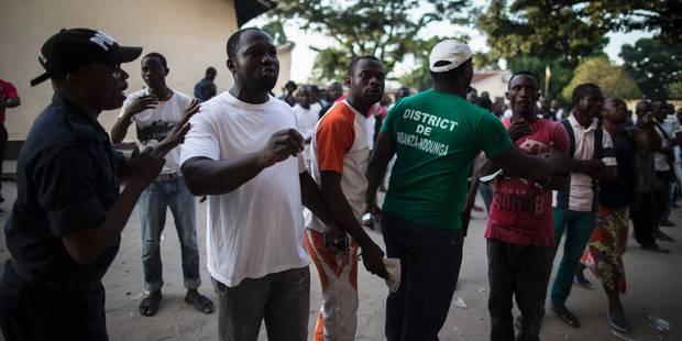 Congo: la police disperse violemment 200 personnes près d'un bureau de vote - La Libre