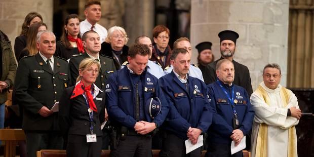 Attentats de Bruxelles: veillée en mémoire des victimes à la cathédrale Saints-Michel-et-Gudule - La Libre