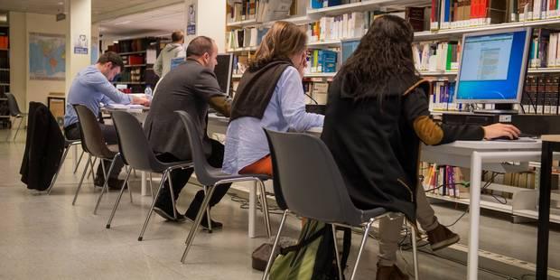 Les vacances de printemps riment avec blocus accompagné pour des centaines d'étudiants - La Libre