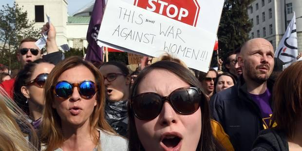 En Pologne, l'avortement sème la discorde - La Libre