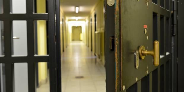 Prisons: les détenus de Saint-Hubert regagnent leurs cellules après douze heures - La Libre