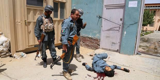 Afghanistan: 6 morts dans une attaque-suicide des talibans contre un tribunal - La Libre