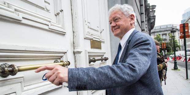 Survol de Bruxelles : le ministre a rencontré les bourgmestres des communes bruxelloises et des deux Brabant - La Libre