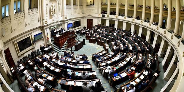 La Chambre adopte l'ajustement budgétaire et rappelle le gouvernement à l'ordre - La Libre