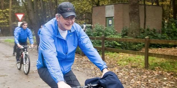 Kris Peeters chute à vélo: coude et côtes cassés - La Libre