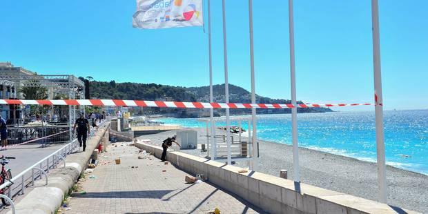 Attentat à Nice: une seule voiture de police municipale barrait la Promenade - La Libre
