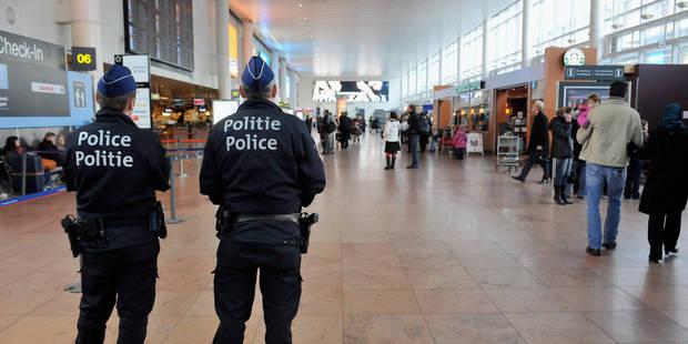 """L'aéroport de Zaventem se dote d'une équipe """"antiterroriste"""" - La Libre"""