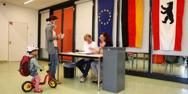 Election à Berlin: net recul du parti de Merkel et poussée de la droite populiste - La Libre