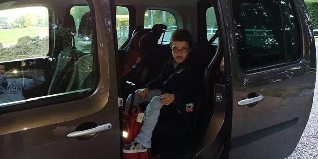"""Hugo, 11 ans, devra passer chaque jour 5h30 dans le bus pour aller à l'école : """"C'est indécent"""" - La Libre"""