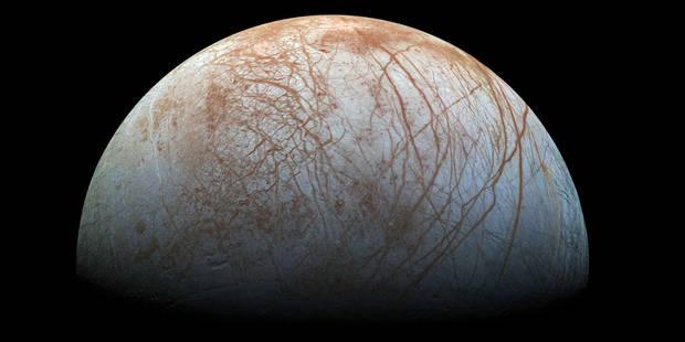 La Nasa pourrait confirmer l'existence d'un océan sur une lune de Jupiter - La Libre