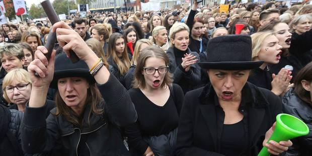 "Des Polonaises massivement ""en grève"" contre l'interdiction quasi totale de l'IVG - La Libre"
