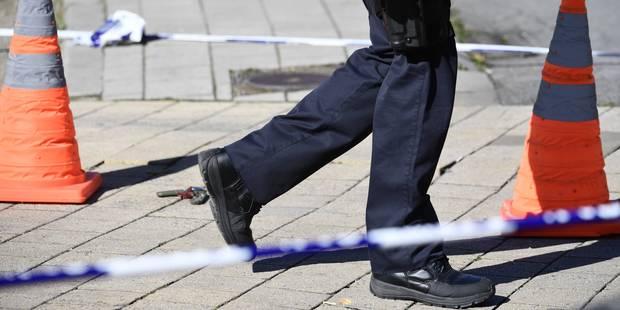 Policiers poignardés à Schaerbeek: Le domicile de l'auteur perquisitionné - La Libre