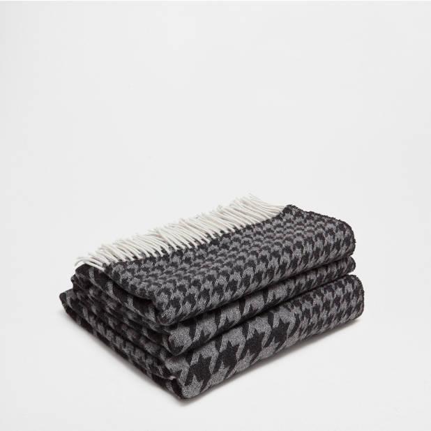 Couverture en laine pied de poule. 69,99 €