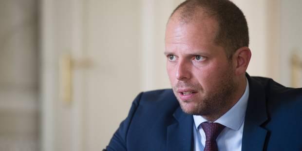 Un Russe perd son statut de réfugié en Belgique suite à des vacances en Russie - La Libre