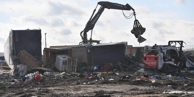 """La """"Jungle"""" de Calais en partie vidée de ses derniers occupants - La Libre"""