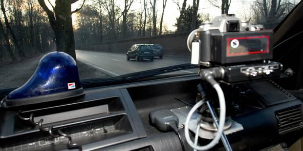 Amende routière: la police autorisée à consulter la banque de données de la DIV - La Libre