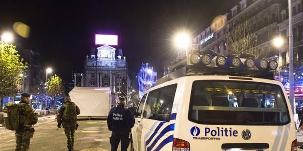 Bruxelles: pompiers caillassés, voitures et poubelles incendiées le soir du Nouvel An - La Libre