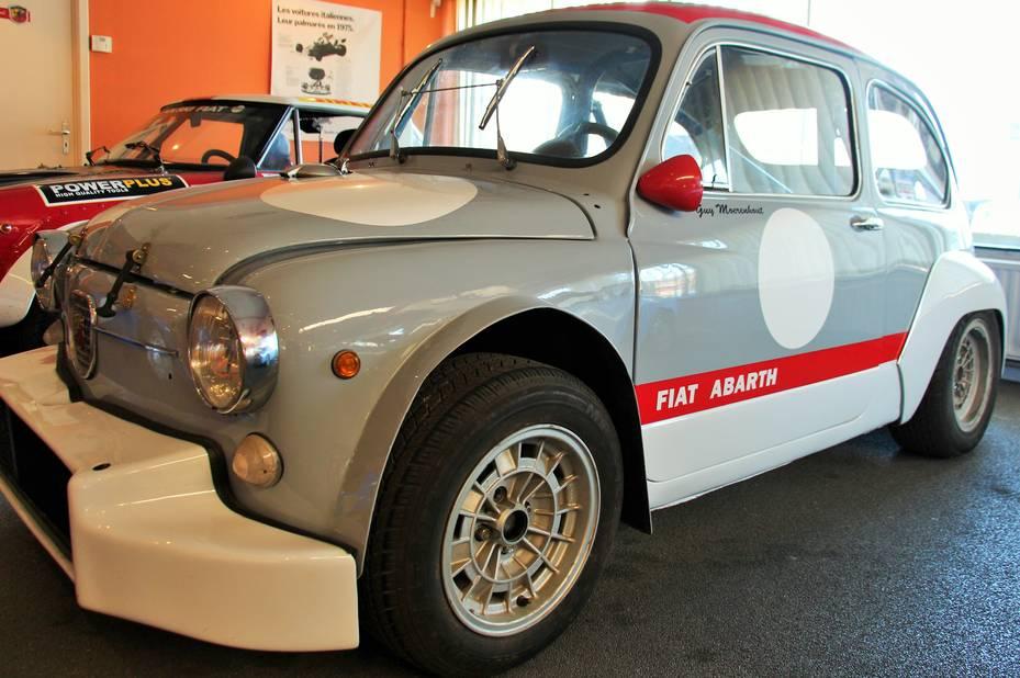 Sur cette Fiat Abarth 600 TCR, la puissance a été portée de 18 à 110 ch.