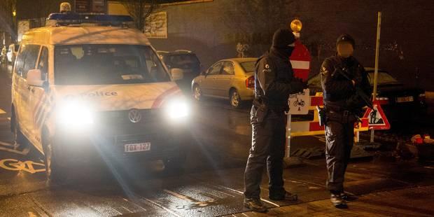 Les trois hommes interpellés suite aux perquisitions de Molenbeek relâchés (VIDEO) - La Libre