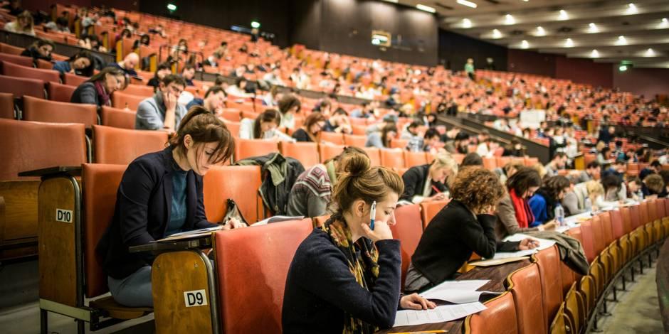 """David Renders, professeur à l'UCL: """"On considère les étudiants comme des enfants rois, comme des clients qu'il faut serv..."""