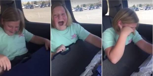 Elle reçoit un fusil et pleure de joie: la vidéo choque les internautes (VIDEO) - La Libre