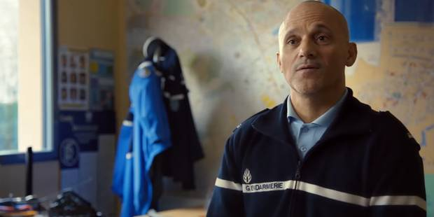 """""""L'annonce"""", un court-métrage qui dépeint l'impact d'une annonce d'un mort de la route sur la famille (VIDEO) - La Libre"""