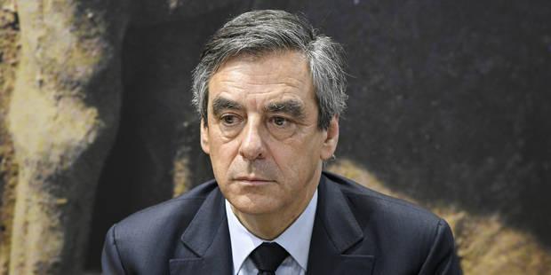 François Fillon lâché de toutes parts: son directeur de campagne démissionne - La Libre